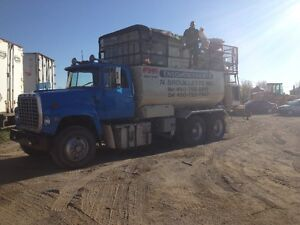 Ford L 9000 10 roue