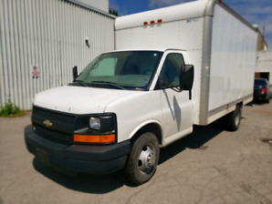 CHEVY 3500 CUBE VAN 120K ONLY! 2 PREV. OWNERS
