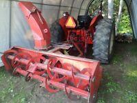 tracteur international 725 et souffleur 80 pouces diesel echange
