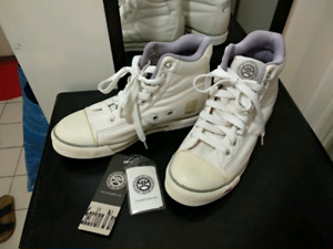 New Japanese sneakers (women's size 7)