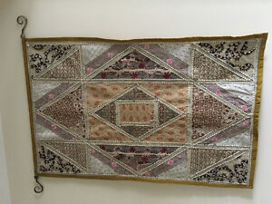 Wall tapestry hanging
