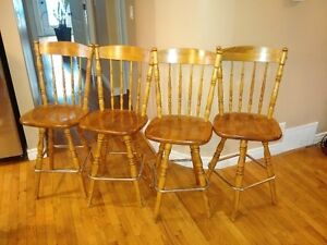 4 Swivel Bar Stools / Pub Chairs