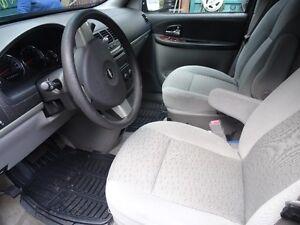 2006 Chevrolet Uplander Minivan, Van Comox / Courtenay / Cumberland Comox Valley Area image 4