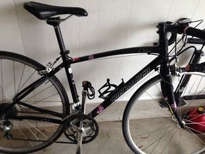 Specialized dolce women's road bike London Ontario image 2