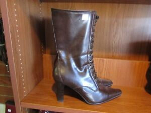 Ladies Boots Size 10 With A 3.5 Inch Heel