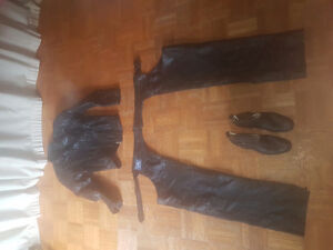 Size small womens leather motorcycle chap set