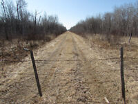 400 acres of land in one parcel!!