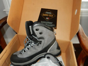 Solomon Gore-Tex Winter Boots
