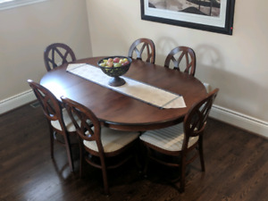 Mennonite Solid wood dining set with six chairs