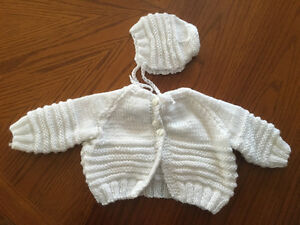 White knit sweater and bonnet size 3-6 months