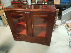 Vintage display cabinet / hutch
