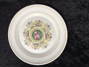 Melody by TRIUMPH - 10 1/4 inch dinner plate - Mint!