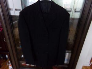 Costume pour homme,modèle classique taille L,noir, petit prix