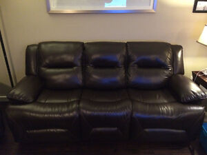 Power recline couch