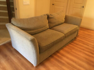 Couch (Excellent Condition)