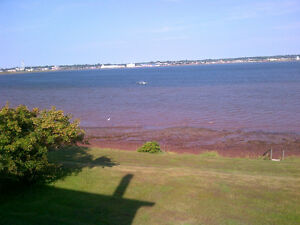 Room on waterfromt - 5 minutes from Charlottetown