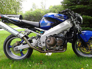 Motorcycle Kawasaki Ninga zx9r Blu/Purp Metalic for Sale Peterborough Peterborough Area image 9