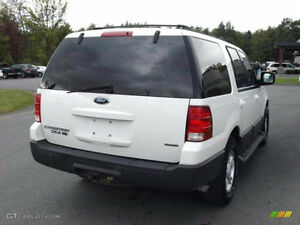 2003 FORD EXPEDITION 4x4 XLT = 8 PASSANGERS = WELL MAINTAINED
