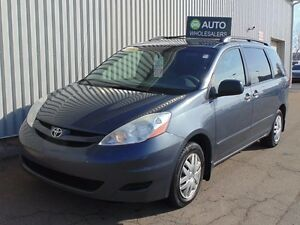 2009 Toyota Sienna CE 8 Passenger THIS WHOLESALE VAN WILL BE...