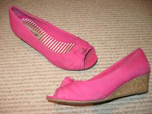 Grand choix de chaussures variées pour fille Gr. 11 a Junior 2