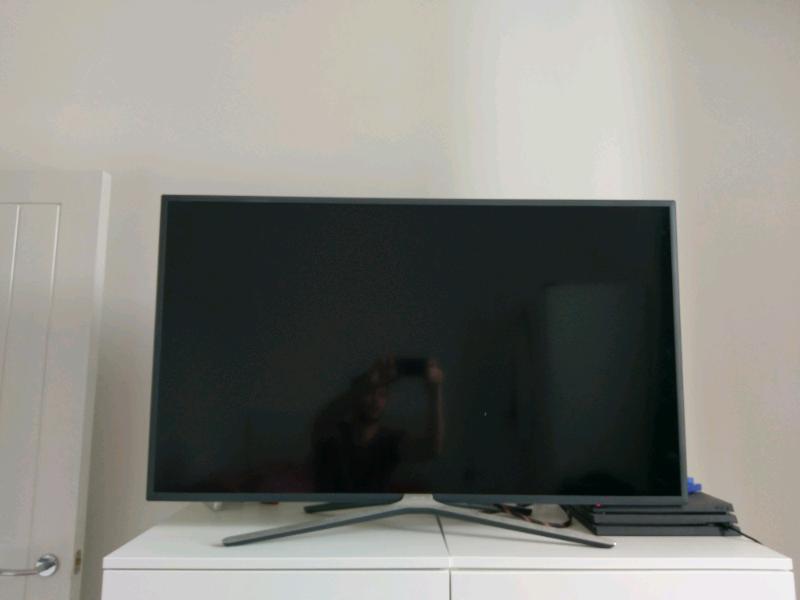 Samsung Smart TV 49inch Full HD   in Hackney, London   Gumtree