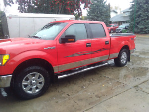 2011 F150 XLT XTR. CrewCab.Lightly used. LOW KMS. Garage stored.