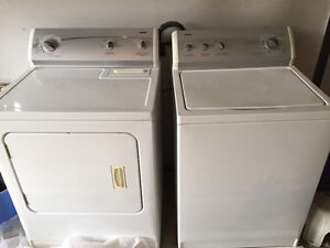 Must must sell KENMORE 600 WASHER DRYER SET.  MUST SELL!!