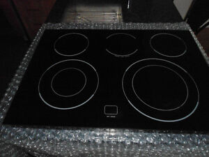 Surface de cuisson GE slide-in stove ceramic cooktop surface