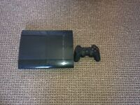 Ps3 slim 2 controlers and 5 games