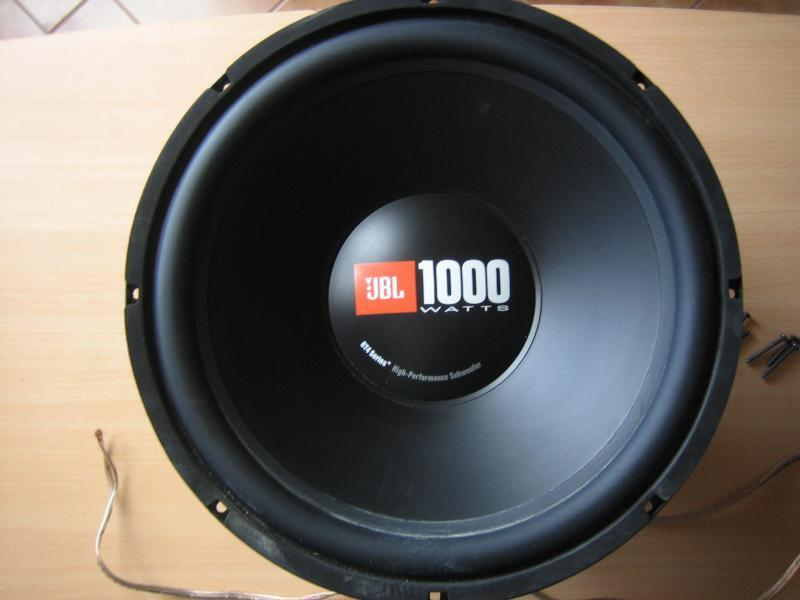 jbl gt4 1000w subwoofer speaker bmw bass box in london gumtree. Black Bedroom Furniture Sets. Home Design Ideas