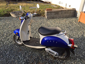 Honda Jazz Scooter 49cc - Mint Condition!