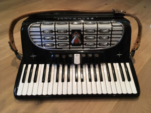 Accordion for sale - Scandalli