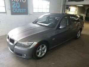 BMW 3 Series 4dr Sdn 328i xDrive AWD 2010
