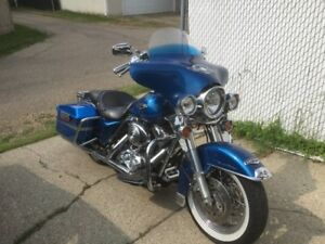 bought a new HD, selling my beautiful 2006 Road King Classic