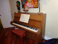 Upright Rosler piano