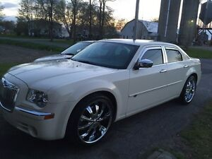 Chrysler 300c hemi impeccable