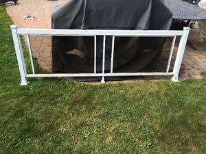 Rampes de balcon en aluminium blanc