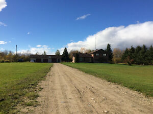 Iroquois Falls Country Home