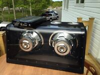 """Subwoofer 12"""" with amp and box"""