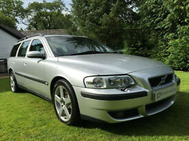 ICONIC VOLVO V70R AWD 300HP V70 R SILVER WITH NAVY LEATHER COLLECTORS INVESTMENT