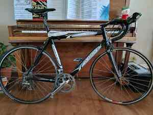 Ridley road bike 7005 series. Carbon forks. Ultegra Tiagra mix.