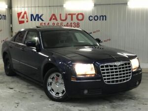 2005 Chrysler 300 6 Cyl. 3.5L, FINANCEMENT MAISON