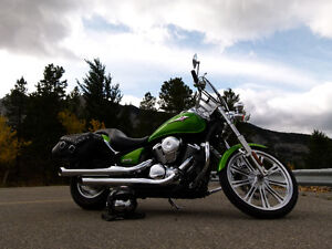 2008 Candy Lime Green Kawasaki Vulcan Custom