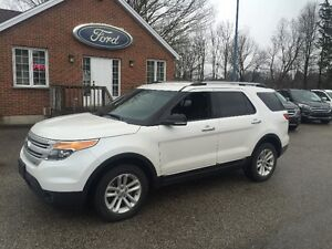 2014 Ford Explorer XLT SUV, Crossover 4x4 v-6 one owner London Ontario image 1
