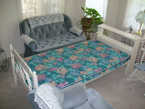 SINGLE (TWIN SIZE) BED  WITH  MATTRESS