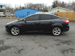 2014 Ford Focus Tutanium  LEATHER NAV SUNROOF BACKUP CAM