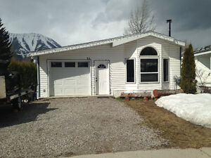2 Bedroom, 1 bathroom home for sale - Fernie, BC