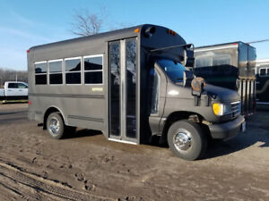 Ford e350 Bus - Partly Converted