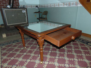 antique hall table approx 33x33x22 in high