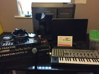 Music production computer with software keyboard DJ controller